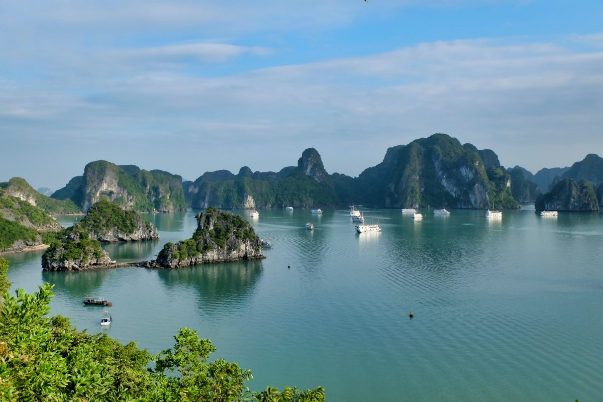 The Ultimate Halong Bay Itinerary – How to Spend 2 Epic Days