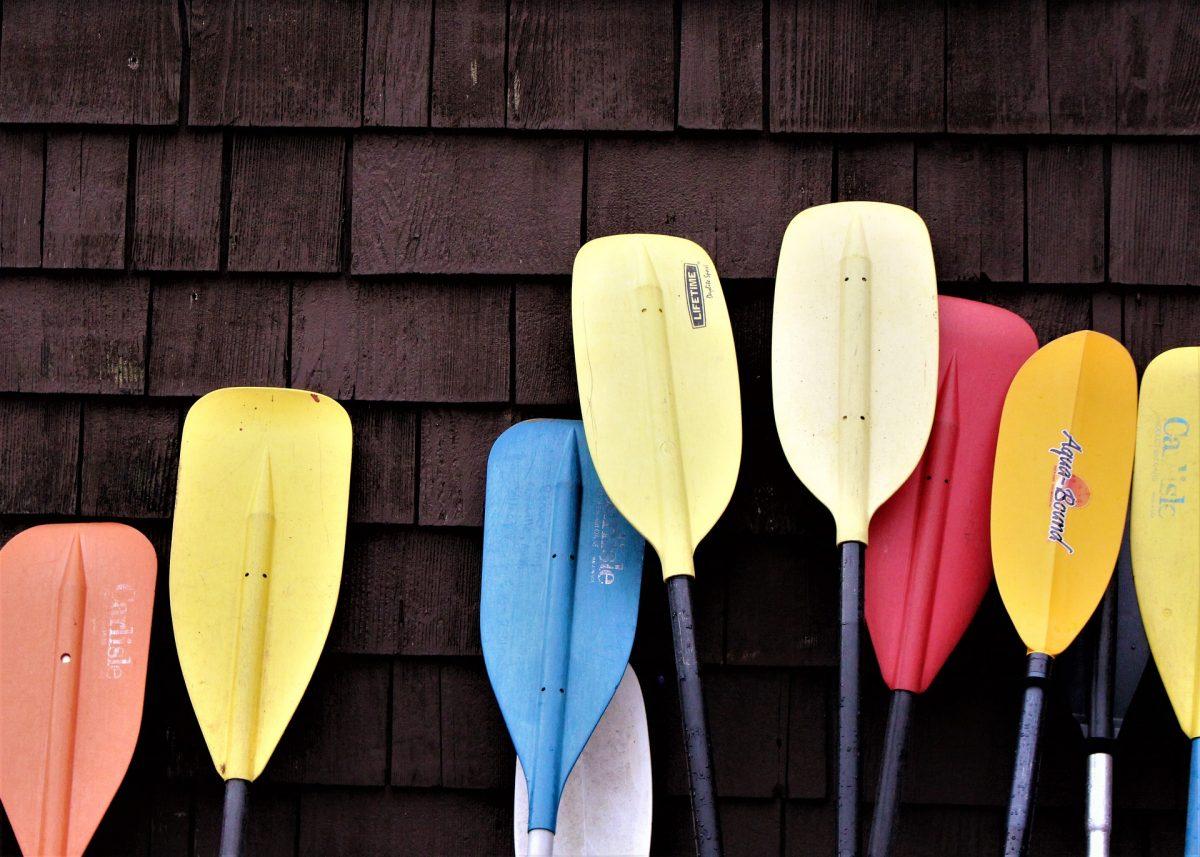 is Canoe or kayak easier