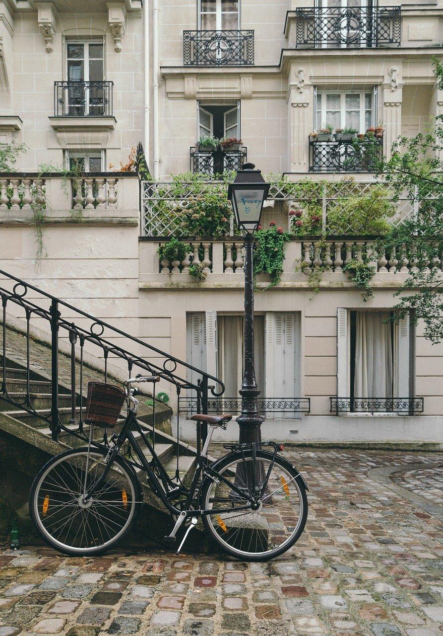 Romantic Paris captions