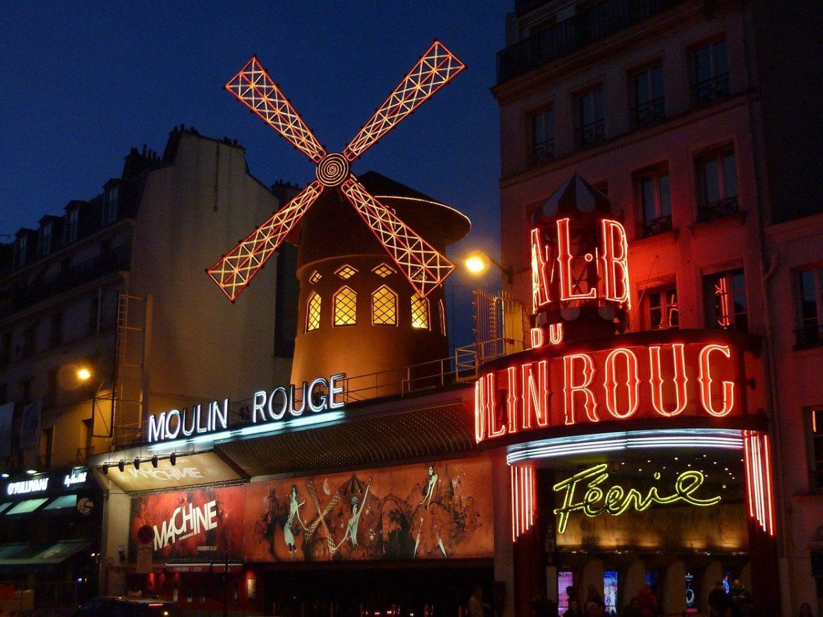 Paris captions