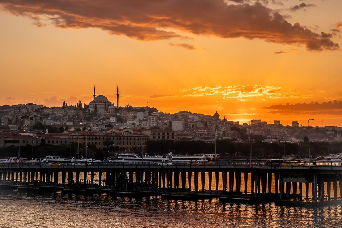 quotes about Istanbul