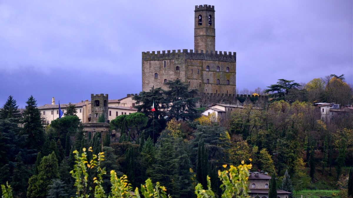 castles in Tuscany