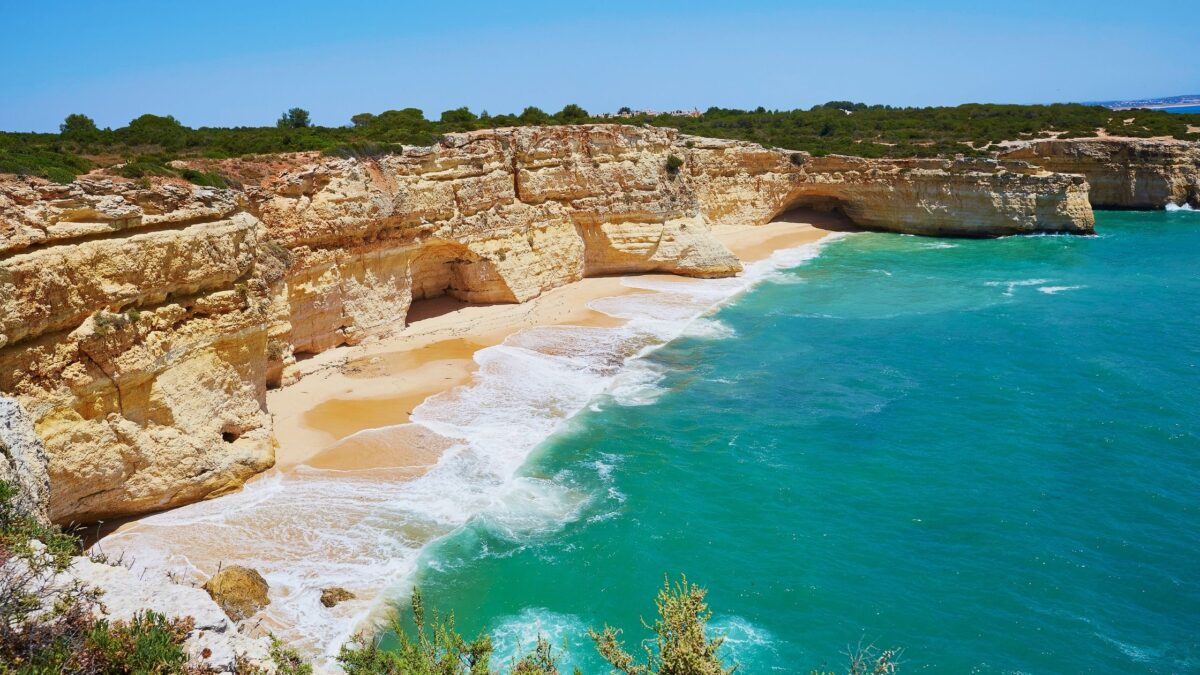 must do things in algarve itinerary