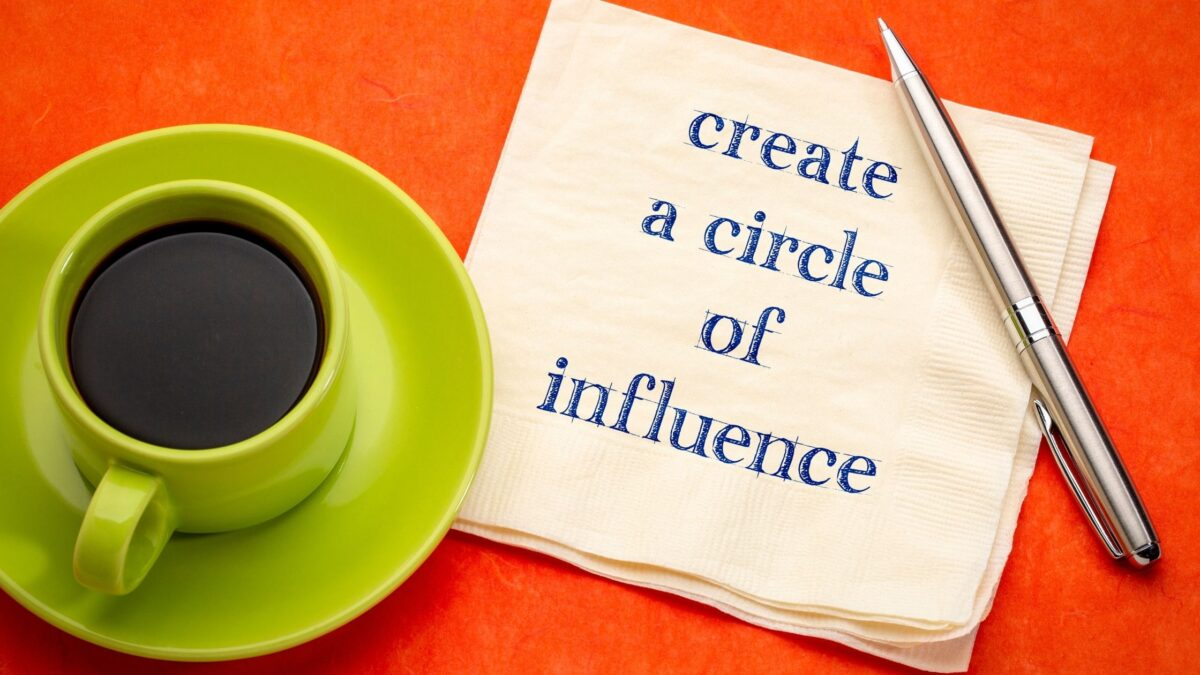 How To Use Influence As a Blogger - 8 Tips To Grow Your Influence