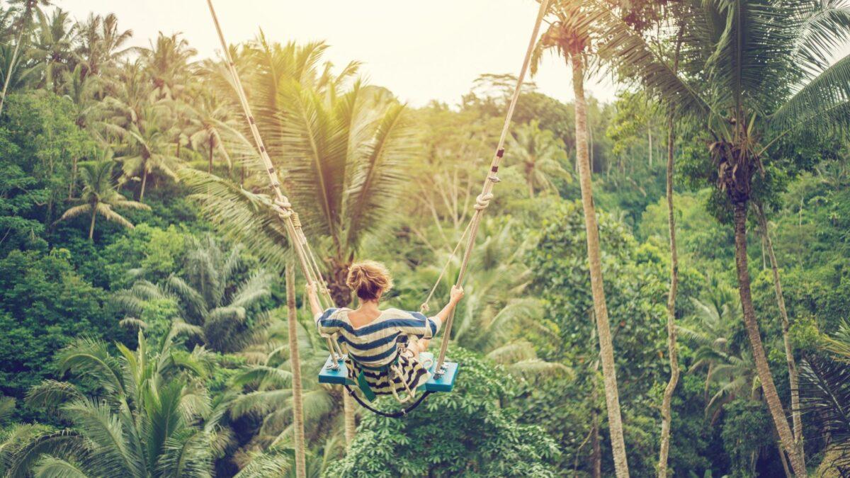 Swing In Bali - 14 Best Bali Swings For Instagram & Adventure