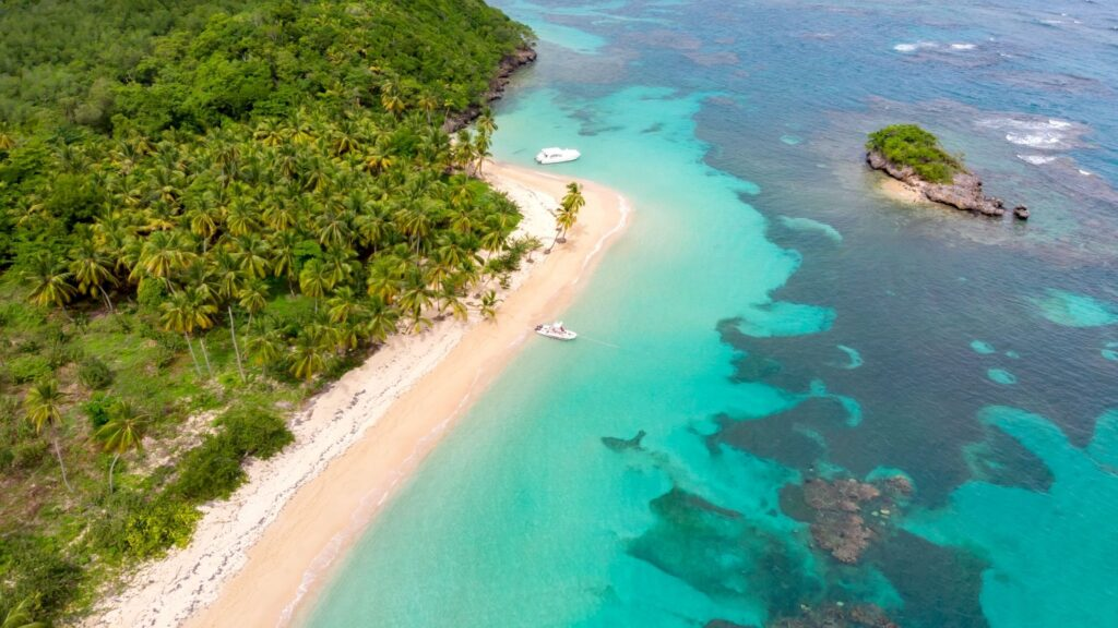 vacation spots to go alone
